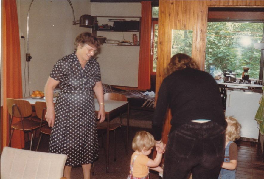 1981-05-epe-gld