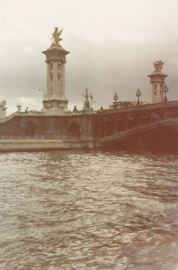 1983-73-parijs
