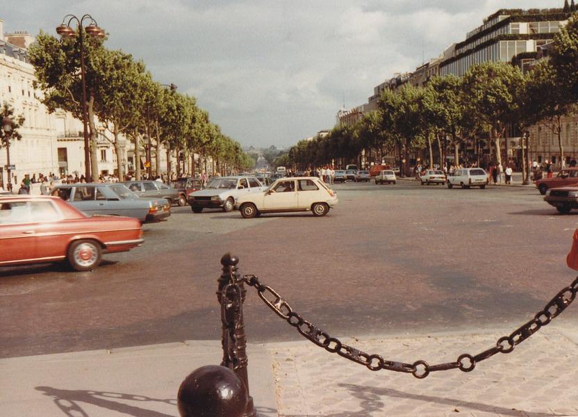 1983-77-parijs