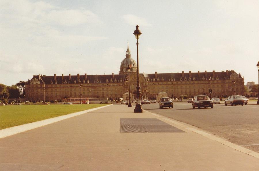 1983-78-parijs