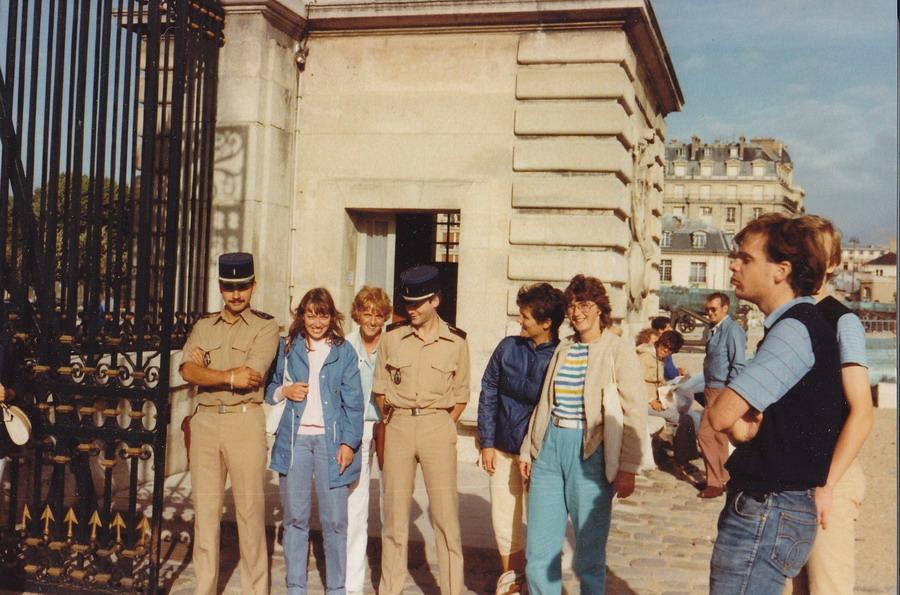 1983-80-parijs