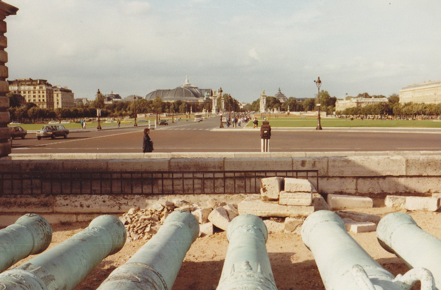 1983-81-parijs