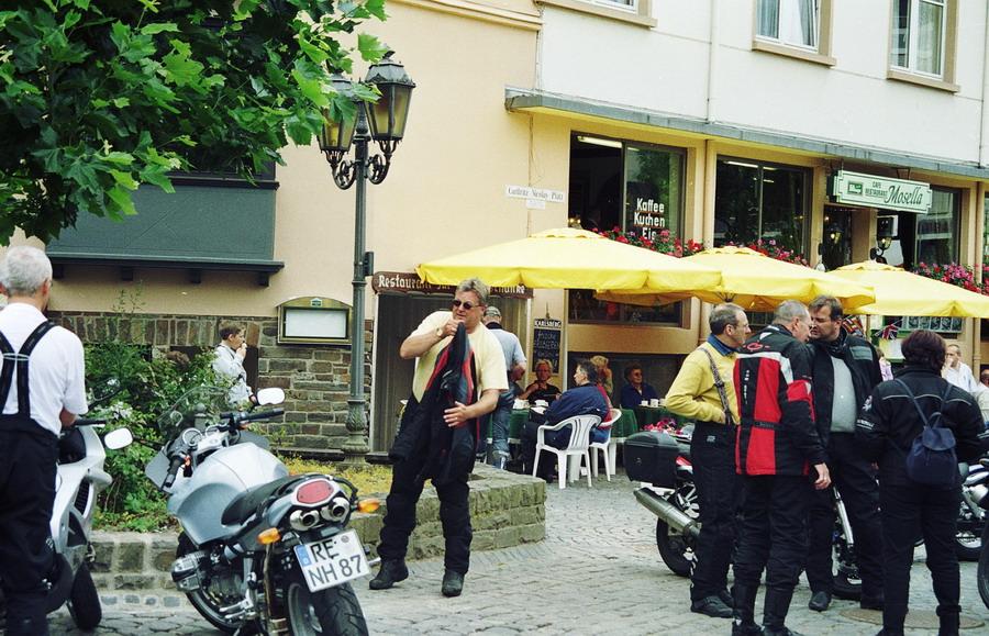 2002-motor-01